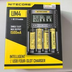 Nitecore UM4 USB four-slot QC C4 VC4 LCD Smart Charger INR ICR NCR li-ion AA 18650 14500 16340 26650 Charger 3.7 1.2V 1.5V